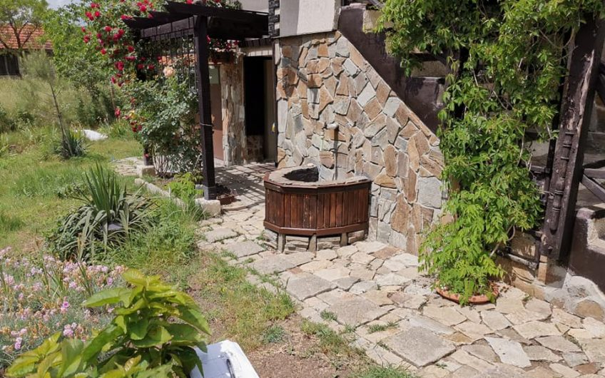 A 2 bed fully furnished house in the villa zone of Izvorishte, Burgas