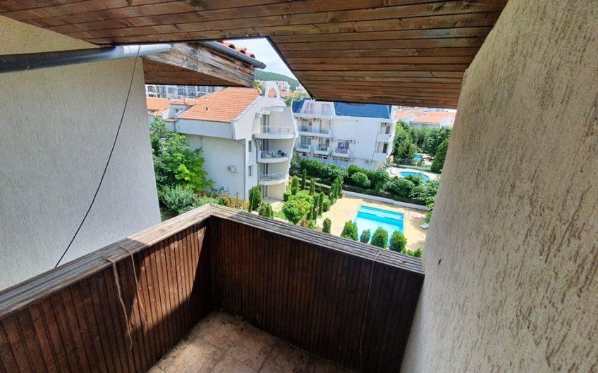 Spacious apartment in Chateau Nessebar, Sveti Vlas