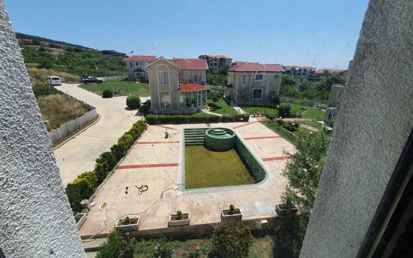 Chateau Sea Breeze, Kosharitsa villa zone !