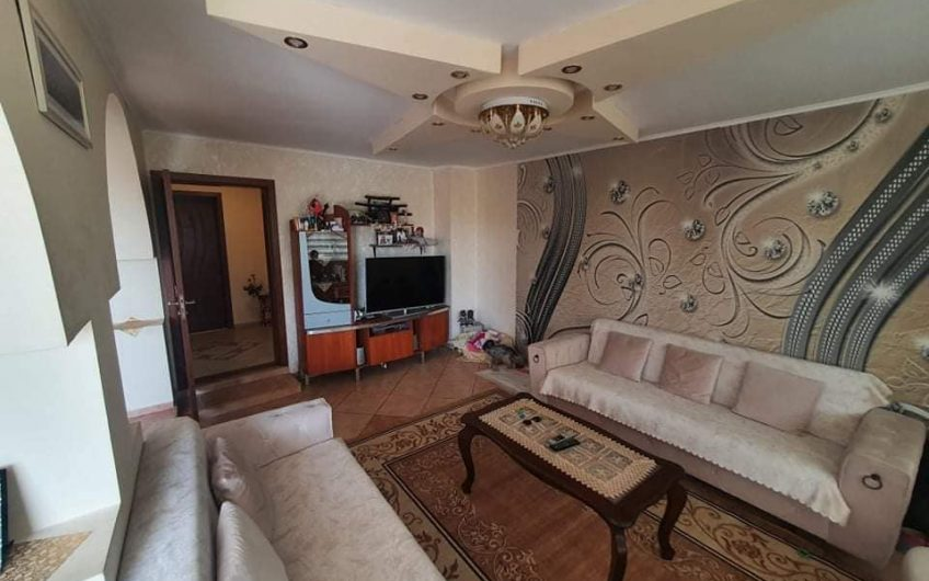 A huge 14 plus room property located at Tankovo, Just 10 minutes to Sunny Beach.