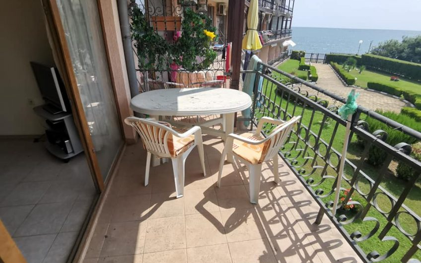 Fully furnished front line 1-bedroom apartment in Ravda Holiday Club